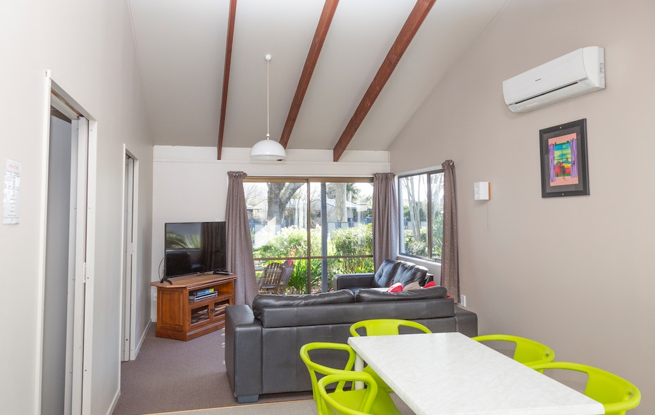 hastings-top10-2-bedroom-self-contained-ensuite-units